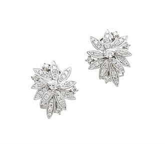 Diamond cluster earrings yellow gold